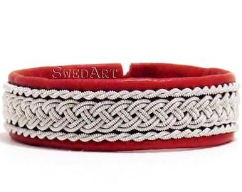 "SwedArt B05 Classic Lapland Sami Leather Bracelet, Antler Button 1/2"" Wide Red MEDIUM"