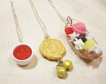 3 sets of dessert necklace. Mega Kawaii and Yummy.