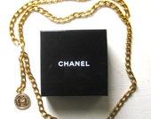 new price ...Vintage CHANEL BELT, gold tone, Chanel Box, Chanel medallion, CC logo, Rue Gambon, Chanel Chain belt, authentic Chanel, 1990's