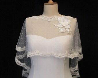 Ivory Lace Bridal Cape, Tulle Shrug, Wedding Tulle Cape, Polka Dot Tulle Capelet, Tulle Wedding Bolero, Bridal Tulle Cape, Lace Bolero