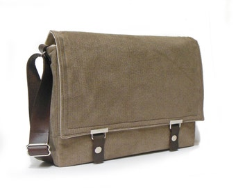 "15"" Laptop messenger bag with leather strap - light brown herringbone"