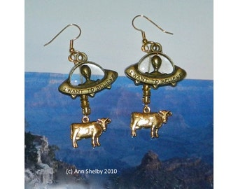 Flying Saucer Earrings, Alien Abduction of Cow Bronze UFO Extraterrestrial Flying Saucer