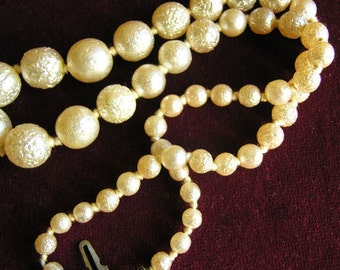 Faux pearl textured bead necklace