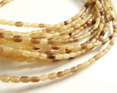 70 Natural horn rice beads 7x4mm - eco friendly and natural horn beads (PN401)