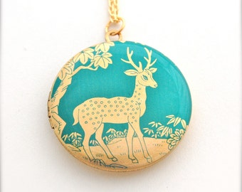 Deer Fawn Locket Necklace Antler Jewelry Animal Lockets Gold Brass Mourning Locket Keepsake Green Forest Antlers Buck