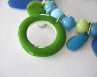 Charm Bracelet Shell Enamel Blue Green White 1980's Stretch