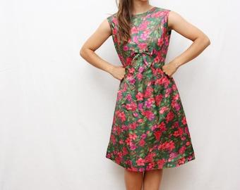 60's floral dress