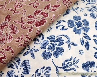 Vintage Chinese Folk Shabby Tulip Floral Leaves, Choose Color - Japanese Cotton Fabric (Fat Quarter)