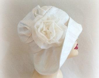 Wedding Cloche Hat - Antique White Cloche - Wide Brim Hat - Chiffon Rose Brooch - Bridal Hat - Vintage Style Cloche - Downton Cloche - USA