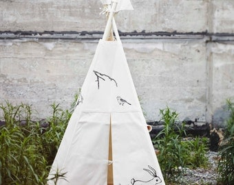 print black indoor canvas teepee poles not include