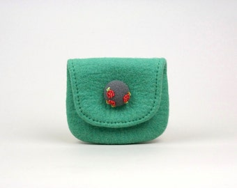 "3Roses  ""  wool felted mint purse with embroidered and needle felted button"