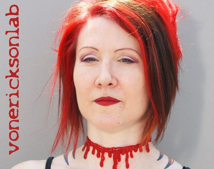 Instant Zombie Blood Drip costume Set - Slit throat  choker , 2 Blood drip Bracelets and 2 rings