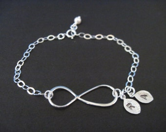 Infinity Jewelry Sterling Silver Infinity Link Bracelet with Hand Stamped Initials