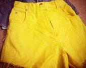 High waist Denim cutoff shorts - yellow