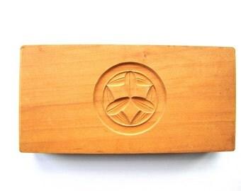 Bamboo Leaf Mold  Vintage Japanese Kashigata Kamon Family Crest
