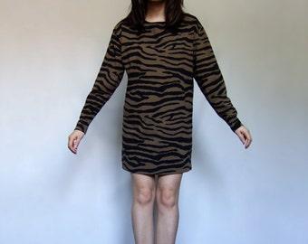 90s Animal Print Tunic Top Long Sleeve Brown Black Long Shirt - Medium Large M/ L