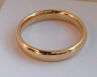 Traditional 14K 4mm Yellow Gold Wedding Band, Handmade in Maine