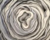 2 oz Merino Roving Heathered Grey 22 micron