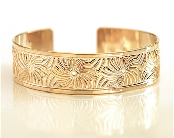 gold, Gold cuff, cuff bracelet, gold bracelet, gold bangle, spirals bracelet, gold jewelry, spiral bangle, bangle