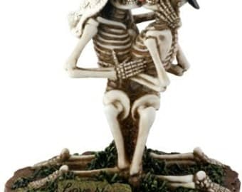 Halloween Bride and Groom Love Never Dies Gothic Wedding Cake Toppers-Hand Painted Couple Romantic Skeleton Lovers Kneeling Figurines-LND4
