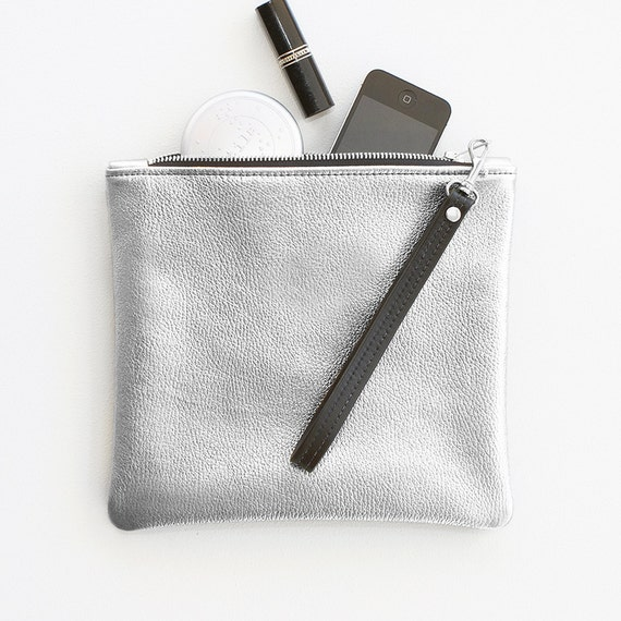 Silver Leather Fold Over Clutch, Metallic Silver Fold Over Wristlet, Silver Wedding Clutch, Bridal Clutch, Everyday Wristlet, Evening Clutch