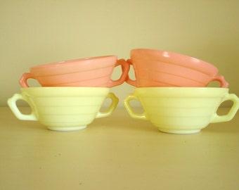 4 Hazel Atlas Moderntone platonite bowls, dessert bowls, cereal bowls, fruit bowls, 2 pink & 2 yellow dishes, 1940s mid-century dinnerware