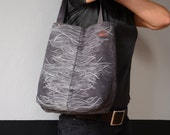 Grey tote with white print