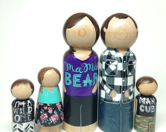 wooden peg dolls - custom peg doll family - peg people • family heirloom dolls • custom peg dolls • cake toppers • wood dolls