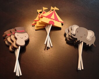 Circus Cupcake Toppers - Birthday Decorations, Party Supplies, Cake Decorations