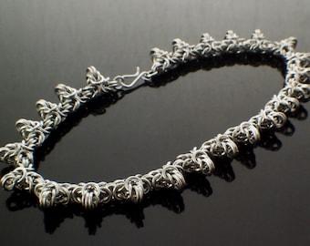 SALE Petite Spiky Byzantine Chainmaille Bracelet Kit  - 20.5 gauge Aluminum Handmade Jump Rings