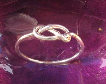 Infinity Ring Sterling Silver  Love Knot Ring Mother/Sister Ring Best Friends Promise 15 Dollars Esteverde