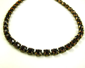 1950s Sparkling Mad Men Style Topaz Brown Colored Rhinestone Necklace