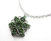 Green star necklace, Chainmaille, Celtic Visions Star weave