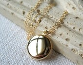 Gold Locket Necklace, Delicate Necklace, Vintage Gold Locket, 14K Gold Filled Necklace, Family Photos, Photo Locket - Wishes