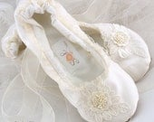 Ivory Ballet Flats, Bridal, Wedding, Shoes, Flats, Ballerina, Slippers, Lace Up, Flower Girl, First Communion, Lace, Satin, Pearls