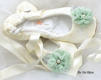 Wedding Flats, Ivory, Cream, Mint, Gray, Ballet Flats,Garden Wedding, Elegant,  Lace Flats, Flower Girl, Shoes, Flats, Ballerina Slippers