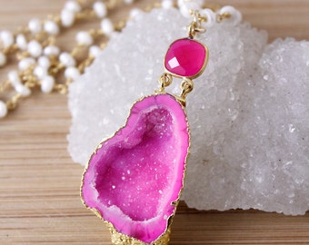 50% OFF SALE - Gold Hot Pink Druzy Crystal Necklace - Agate Geode Caves - Freshwater Pearl Necklace