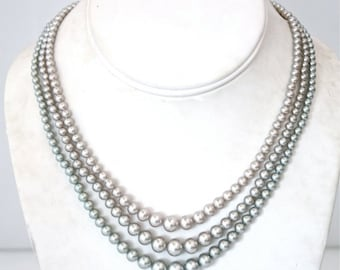 Vintage 1940's 1950's 3 Strand Pearl Necklace 40s 50s Necklace NOS