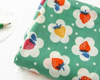 Lovely Berry on Green ASSA Cotton Wide 140cm, U146