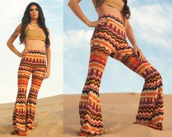 Multicolor Chevron Knit High Waist Bellbottom Pants XS S