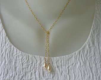 Gold and pearl lariat necklace,wedding,artisan quality,unique design,fine jewelry