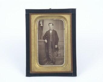 German Ambrotype Portrait of Mr. Dapper guy 1862/63