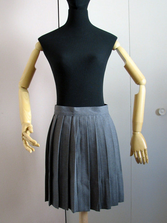 grey pleated skirt harry potter hogwarts year student