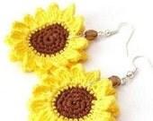 Hand Crochet Sunflower Earrings / Custom made crochet earrings in your favorite color and shape / crochet six points star / Five points Star