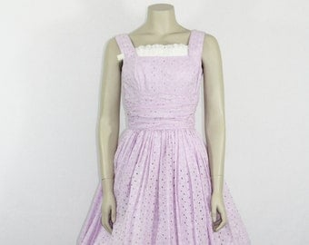 1950s Vintage Dress - Lilac Cotton Eyelet Full Skirt Sun dress - 34 / 24 / full