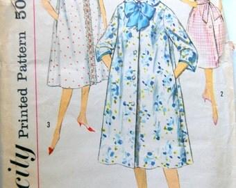 Vintage Peignoir Robe Pattern Simplicity 3230