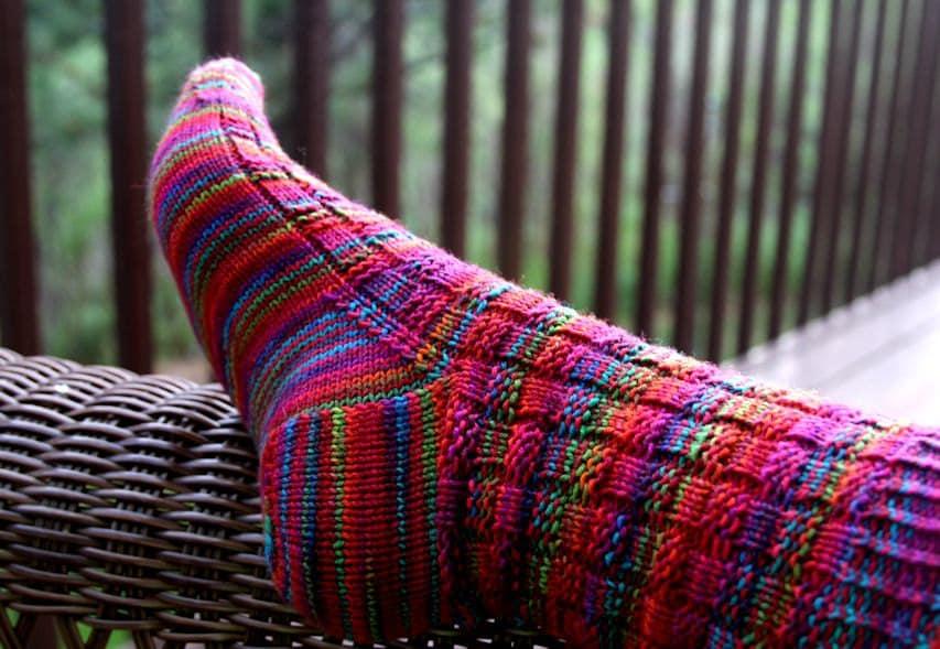Knitting Patterns For Funky Socks : KNITTING PATTERN-Crazy Summer Socks Sock Pattern