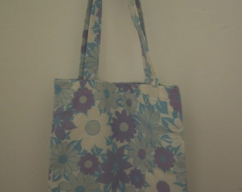 Handmade tote bag made from vintage fabric.