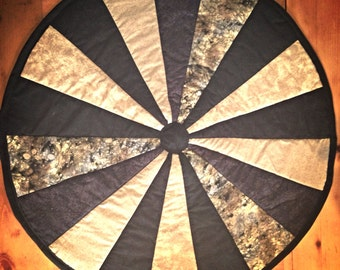 Round Quilt/Table Topper