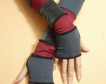 Fingerless Gloves in Upcycled Look, Segmented Armwarmers, Grey and Burgundy, Mittens, Vagabond Beggars Style Sleeves